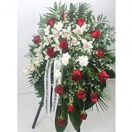 Vainikas su rožėmis ir...